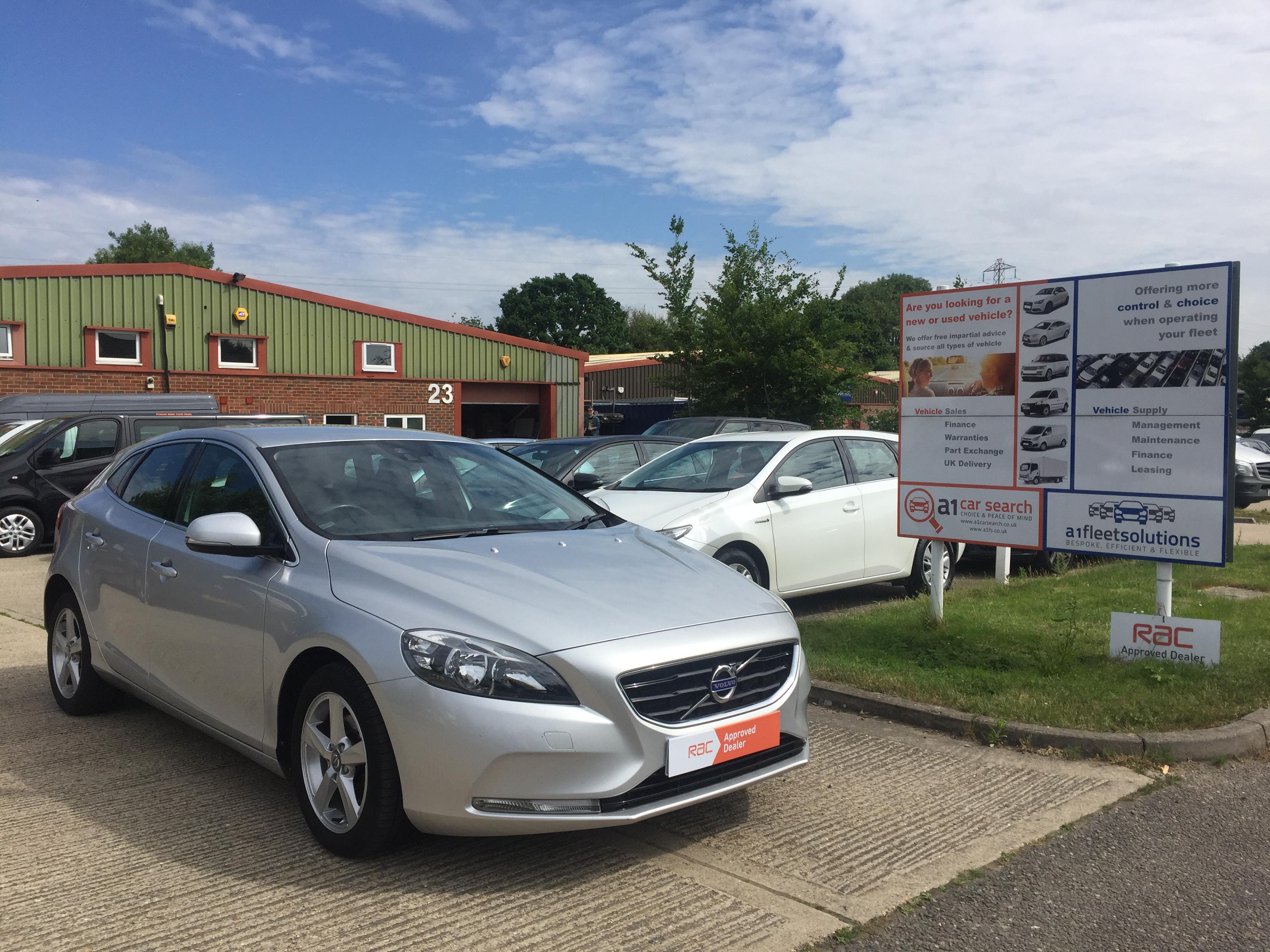 2013/63 Volvo V40 SE D2, Manual, 1.6, Diesel, 5 door Hatchback, Silver
